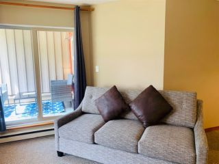"Photo 17: 2050 LAKE PLACID Road in Whistler: Whistler Creek Condo for sale in ""Lake Placid Lodge"" : MLS®# R2423994"