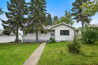 Main Photo: 1027 Thorneycroft Drive NW in Calgary: Thorncliffe Detached for sale : MLS®# A1147125