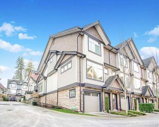 Photo 2: 76 6299 144 Street in Surrey: Sullivan Station Townhouse for sale : MLS®# R2530946