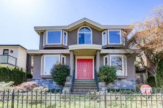 Main Photo: 3772 W 11TH Avenue in Vancouver: Point Grey House for sale (Vancouver West)  : MLS®# R2628528