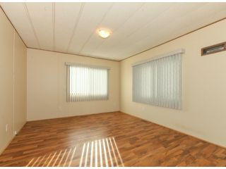 """Photo 14: 26 10221 WILSON Road in Mission: Stave Falls Manufactured Home for sale in """"TRIPLE CREEK ESTATES"""" : MLS®# F1428351"""