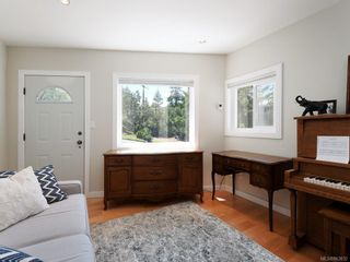 Photo 13: 1 6755 Wallace Dr in : CS Brentwood Bay House for sale (Central Saanich)  : MLS®# 863832