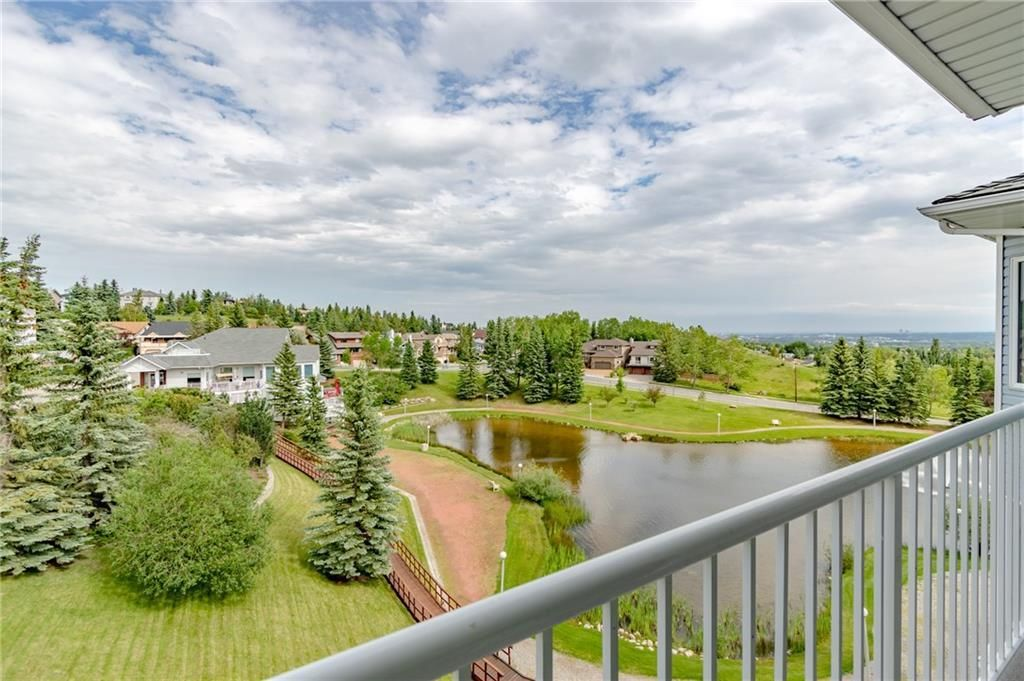Photo 3: Photos: 3303 HAWKSBROW Point NW in Calgary: Hawkwood Apartment for sale : MLS®# C4305042
