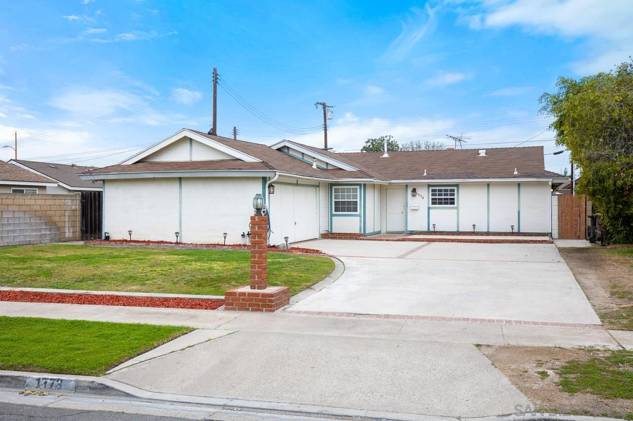 Main Photo: House for sale : 4 bedrooms : 1773 N Concerto Drive in Anaheim