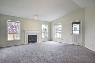 Photo 5: 70 Tararidge Circle NE in Calgary: Taradale Row/Townhouse for sale : MLS®# A1131868