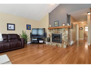 Photo 2: 1265 LANSDOWNE Drive in Coquitlam: Upper Eagle Ridge House for sale : MLS®# V1127701