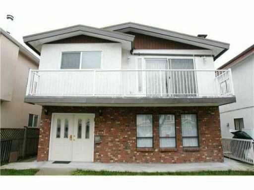 Main Photo: 3279 VENABLES ST in Vancouver: Renfrew VE House for sale (Vancouver East)  : MLS®# V1012759