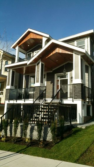 Photo 2: 4 3393 DARWIN AVENUE in Coquitlam: Burke Mountain House for sale : MLS®# R2028046