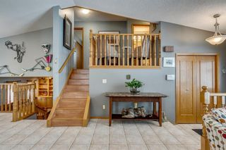 Photo 9: 127 Wood Valley Drive SW in Calgary: Woodbine Detached for sale : MLS®# A1062354