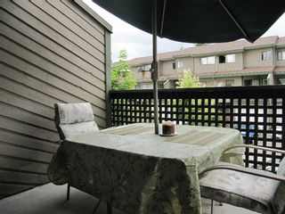 """Photo 10: 43 12180 189A Street in Pitt Meadows: Central Meadows Townhouse for sale in """"MEADOW ESTATES"""" : MLS®# V849181"""