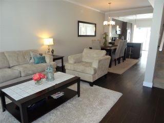 Photo 5: 116 5888 144 Street in Surrey: Sullivan Station Townhouse for sale : MLS®# R2189479