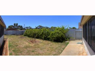Photo 13: OCEANSIDE House for sale : 5 bedrooms : 2105 Maxson