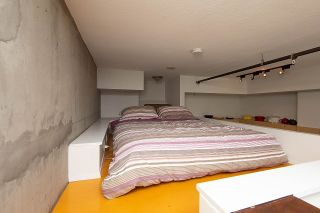 """Photo 12: 217 428 W 8TH Avenue in Vancouver: Mount Pleasant VW Condo for sale in """"XL"""" (Vancouver West)  : MLS®# R2366926"""