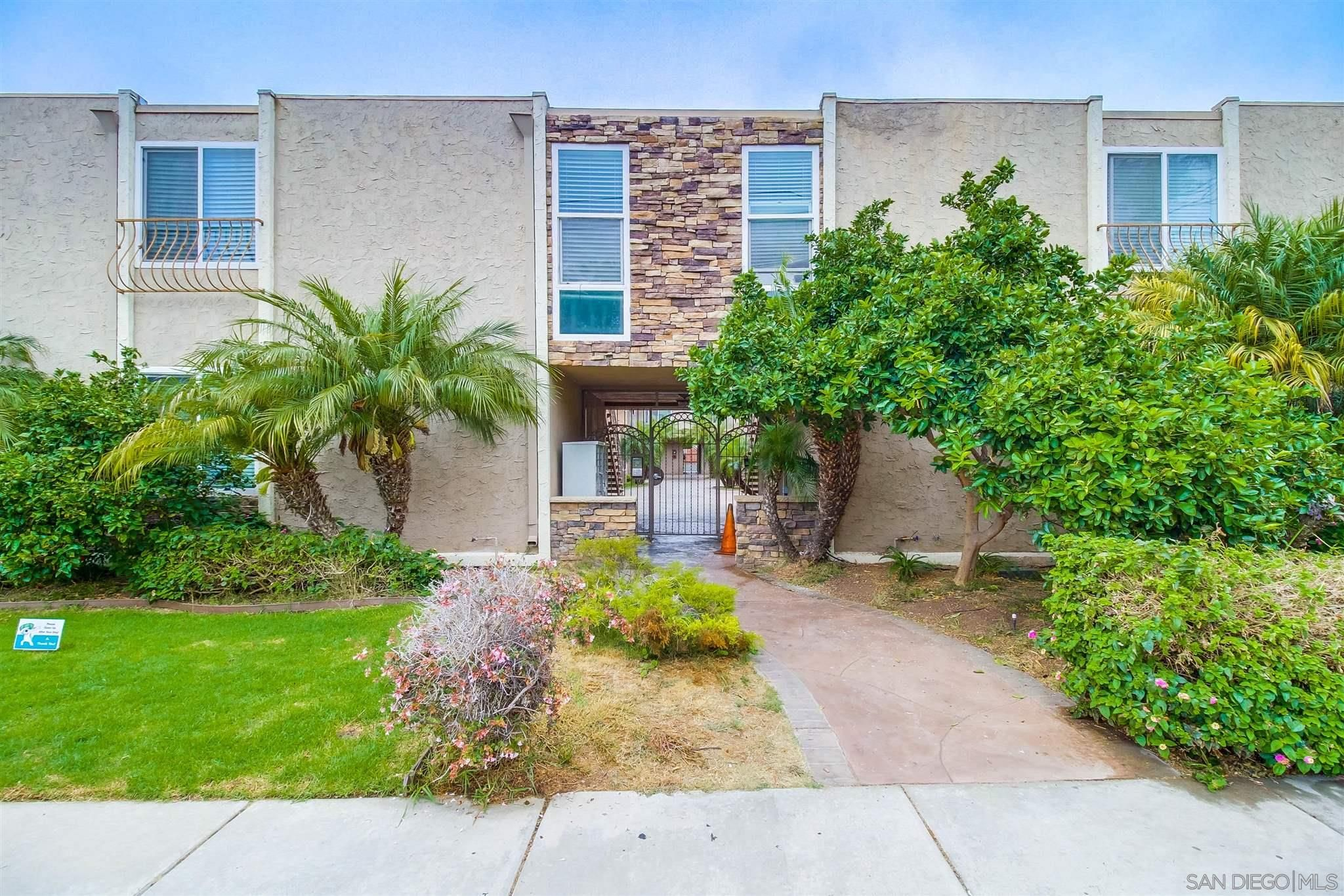 Main Photo: IMPERIAL BEACH Condo for sale : 2 bedrooms : 1472 Iris Ave #5