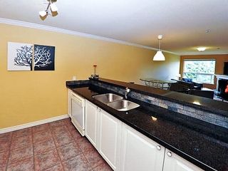 Photo 4: 207 12769 72 Avenue in Surrey: West Newton Condo for sale : MLS®# R2178019