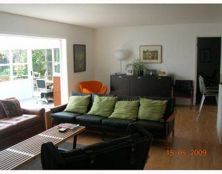 "Photo 2: 1567 MCBRIDE Street in North_Vancouver: Norgate House for sale in ""NORGATE"" (North Vancouver)  : MLS®# V766836"