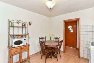 Photo 9: 128 Winchester Boulevard in Hamilton: House for sale : MLS®# H4053516