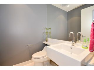 Photo 15: # 301 5838 BERTON AV in Vancouver: University VW Condo for sale (Vancouver West)  : MLS®# V1021508