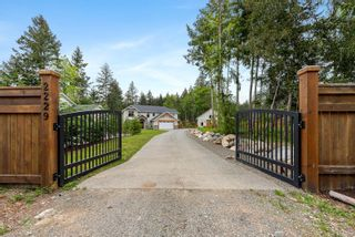 Photo 1: 2229 Lois Jane Pl in : CV Courtenay North House for sale (Comox Valley)  : MLS®# 875050