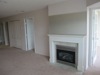 """Photo 3: 909 12148 224 Street in Maple Ridge: East Central Condo for sale in """"PANORAMA - ECRA"""" : MLS®# R2084519"""