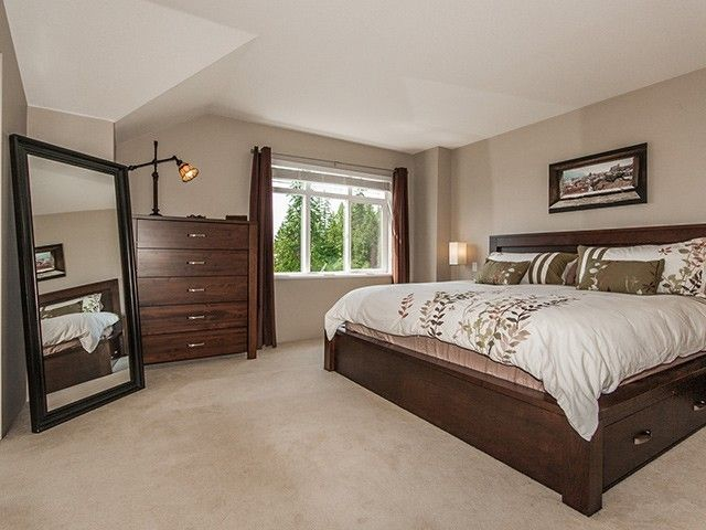 """Photo 9: Photos: 21 15 FOREST PARK Way in Port Moody: Heritage Woods PM Townhouse for sale in """"DISCOVERY RIDGE"""" : MLS®# V1057102"""