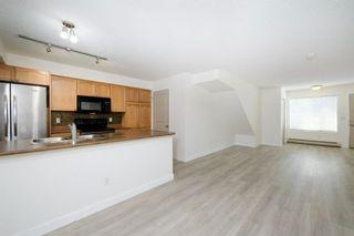 Photo 4: 124 Mckenzie Towne Lane SE in Calgary: McKenzie Towne Row/Townhouse for sale : MLS®# A1067331