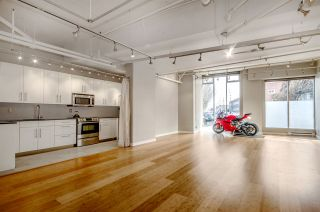 """Photo 7: 299 ALEXANDER Street in Vancouver: Hastings Condo for sale in """"THE EDGE"""" (Vancouver East)  : MLS®# R2126251"""