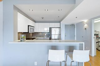 """Photo 7: 707 503 W 16TH Avenue in Vancouver: Fairview VW Condo for sale in """"Pacifica"""" (Vancouver West)  : MLS®# R2600083"""