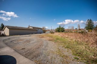 Photo 38: 325 Petersen Rd in : CR Campbell River West Full Duplex for sale (Campbell River)  : MLS®# 871147