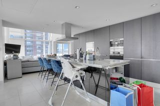 """Photo 13: 1104 1139 W CORDOVA Street in Vancouver: Coal Harbour Condo for sale in """"HARBOUR GREEN TWO"""" (Vancouver West)  : MLS®# R2571905"""
