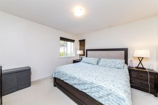 Photo 8: 239 W 19TH Street in North Vancouver: Central Lonsdale 1/2 Duplex for sale : MLS®# R2577522
