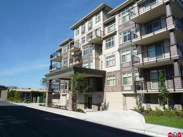 """Main Photo: 202 9060 BIRCH Street in Chilliwack: Chilliwack W Young-Well Condo for sale in """"THE ASPEN GROVE"""" : MLS®# H1002738"""