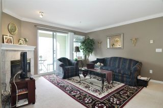 """Photo 6: 313 20894 57 Avenue in Langley: Langley City Condo for sale in """"BAYBERRY LANE"""" : MLS®# R2554939"""