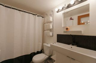 """Photo 14: 205 131 W 4TH Street in North Vancouver: Lower Lonsdale Condo for sale in """"Nottingham Place"""" : MLS®# R2003888"""