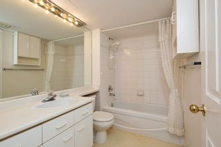 """Photo 11: 226 5695 CHAFFEY Avenue in Burnaby: Central Park BS Condo for sale in """"DURHAM PLACE"""" (Burnaby South)  : MLS®# R2221834"""