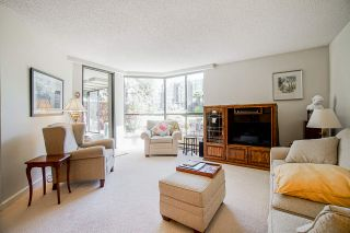 """Photo 14: 108 1450 PENNYFARTHING Drive in Vancouver: False Creek Condo for sale in """"HARBOUR COVE"""" (Vancouver West)  : MLS®# R2459679"""