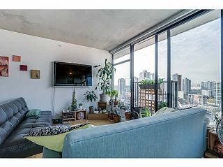 """Photo 4: 2108 128 W CORDOVA Street in Vancouver: Downtown VW Condo for sale in """"WOODWARDS W-43"""" (Vancouver West)  : MLS®# V1140977"""
