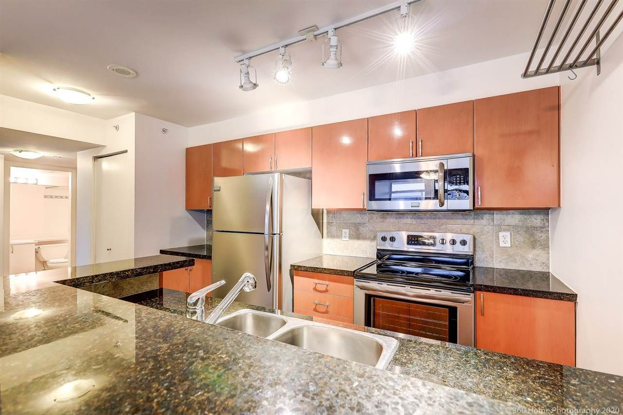 """Main Photo: 1109 2763 CHANDLERY Place in Vancouver: South Marine Condo for sale in """"RIVER DANCE"""" (Vancouver East)  : MLS®# R2427042"""