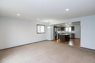 Photo 3: 307 Brookfield Crescent in Winnipeg: Bridgwater Lakes Residential for sale (1R)  : MLS®# 202118343