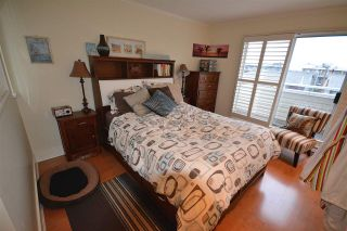 Photo 11: 211 E 4TH STREET in North Vancouver: Lower Lonsdale Townhouse for sale : MLS®# R2024160
