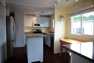 """Photo 8: 4 31313 LIVINGSTONE Avenue in Abbotsford: Abbotsford West Manufactured Home for sale in """"Paradise Park"""" : MLS®# R2592875"""