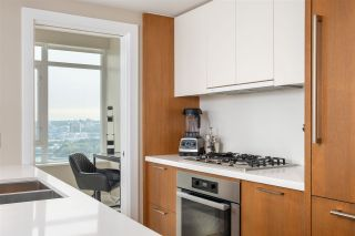 "Photo 4: 2505 1372 SEYMOUR Street in Vancouver: Downtown VW Condo for sale in ""The Mark - Onni"" (Vancouver West)  : MLS®# R2504998"