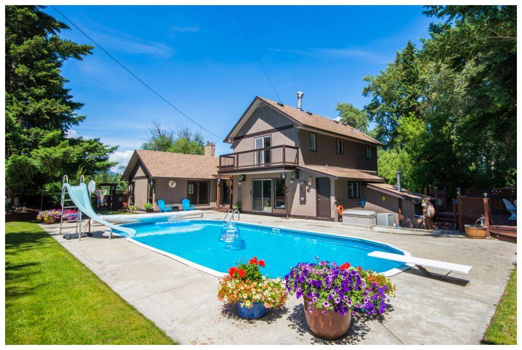 Main Photo: 1310 Northeast 51 Street in Salmon Arm: NE Salmon Arm House for sale : MLS®# 10112311
