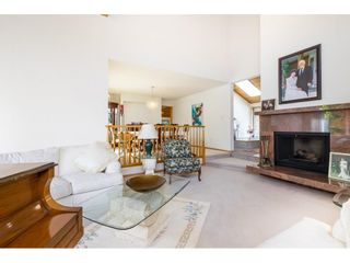 Photo 3: 5319 SOUTHRIDGE Place in Surrey: Panorama Ridge House for sale : MLS®# R2612903