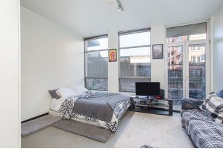 """Photo 4: 213 1 E CORDOVA Street in Vancouver: Downtown VE Condo for sale in """"CARROLL STATION"""" (Vancouver East)  : MLS®# R2587442"""