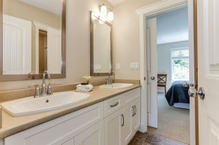 """Photo 27: 32 15454 32 Avenue in Surrey: Grandview Surrey Townhouse for sale in """"Nuvo"""" (South Surrey White Rock)  : MLS®# R2454547"""