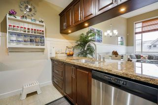 """Photo 5: 561 8258 207A Street in Langley: Willoughby Heights Condo for sale in """"Yorkson Creek"""" : MLS®# R2563945"""