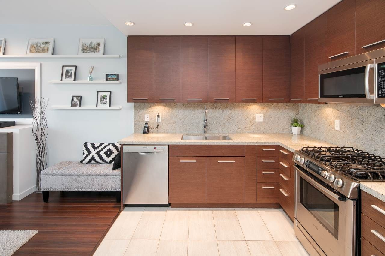 Main Photo: 307 2528 MAPLE STREET in Vancouver: Kitsilano Condo for sale (Vancouver West)  : MLS®# R2141422