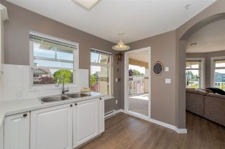 """Photo 9: 314 4770 52A Street in Delta: Delta Manor Condo for sale in """"WESTHAM LANE"""" (Ladner)  : MLS®# R2271231"""