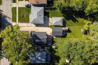 Photo 25: 858 Vimy Road in Winnipeg: Crestview Residential for sale (5H)  : MLS®# 202122118